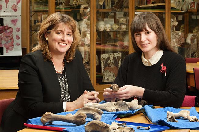 Hallie Buckley and Rebecca Kinaston, image courtesy of University of Otago