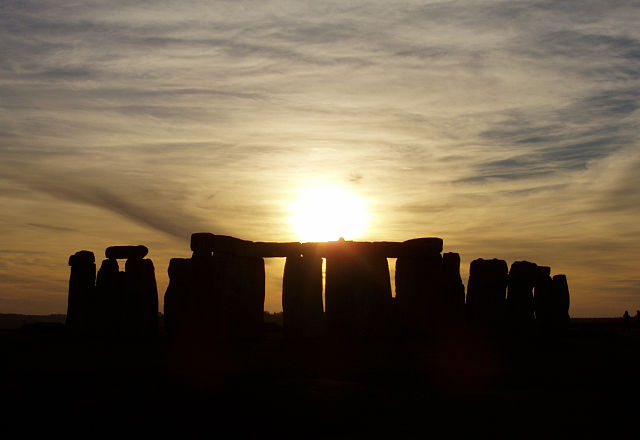 Stonehenge may have been an exclusive burial ground. Image Source: Wikimedia Commons.