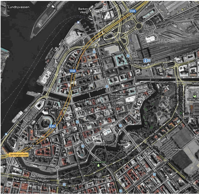 Picture 2 shows the modern Gothenburg showing the remains of the old water line defenses.  Picture taken from Google Maps