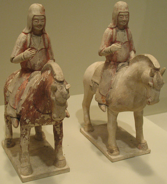 544px-0650_Mounted_Horsemen_China_anagoria_IMG7140