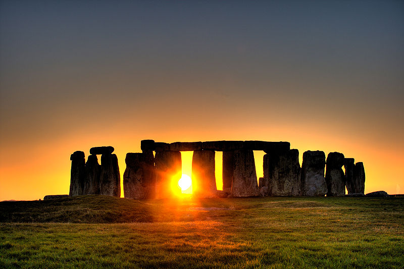 Stonehenge has been in need of a visitor centre for decades. Image Source: Wikimedia Commons.