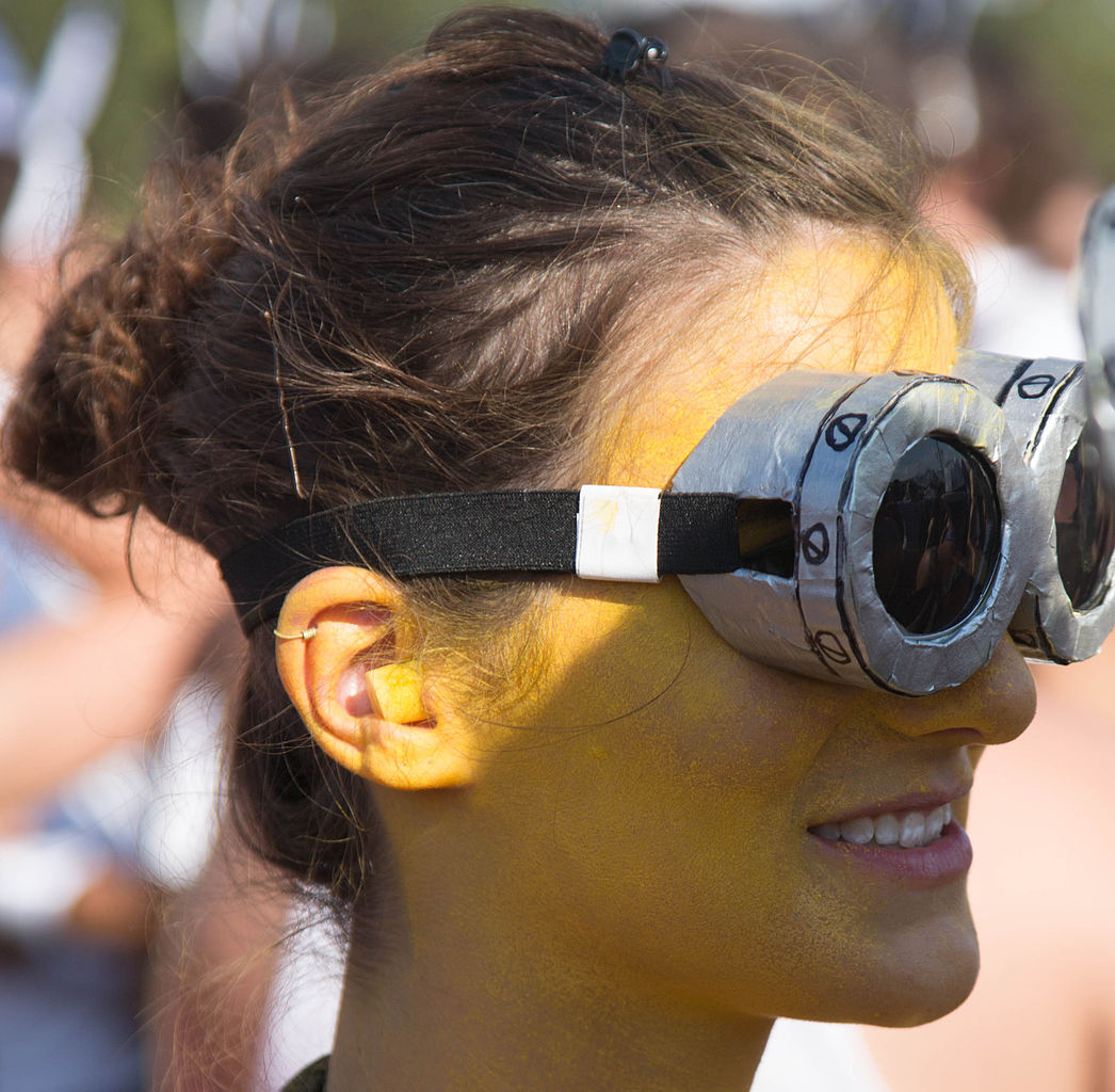 Putting on 'archaeologist goggles' is a great way to see the world a little differently. Image Source: Wikimedia Commons