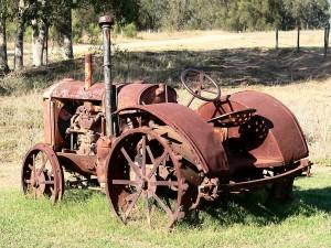 rusty-tractor