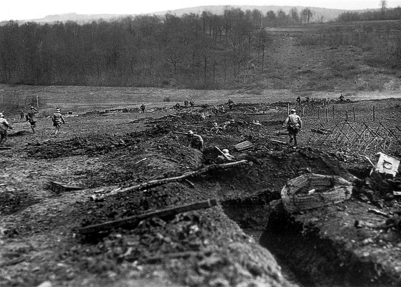 Training for trench warfare was crucial. Image source: Wikimedia Commons.